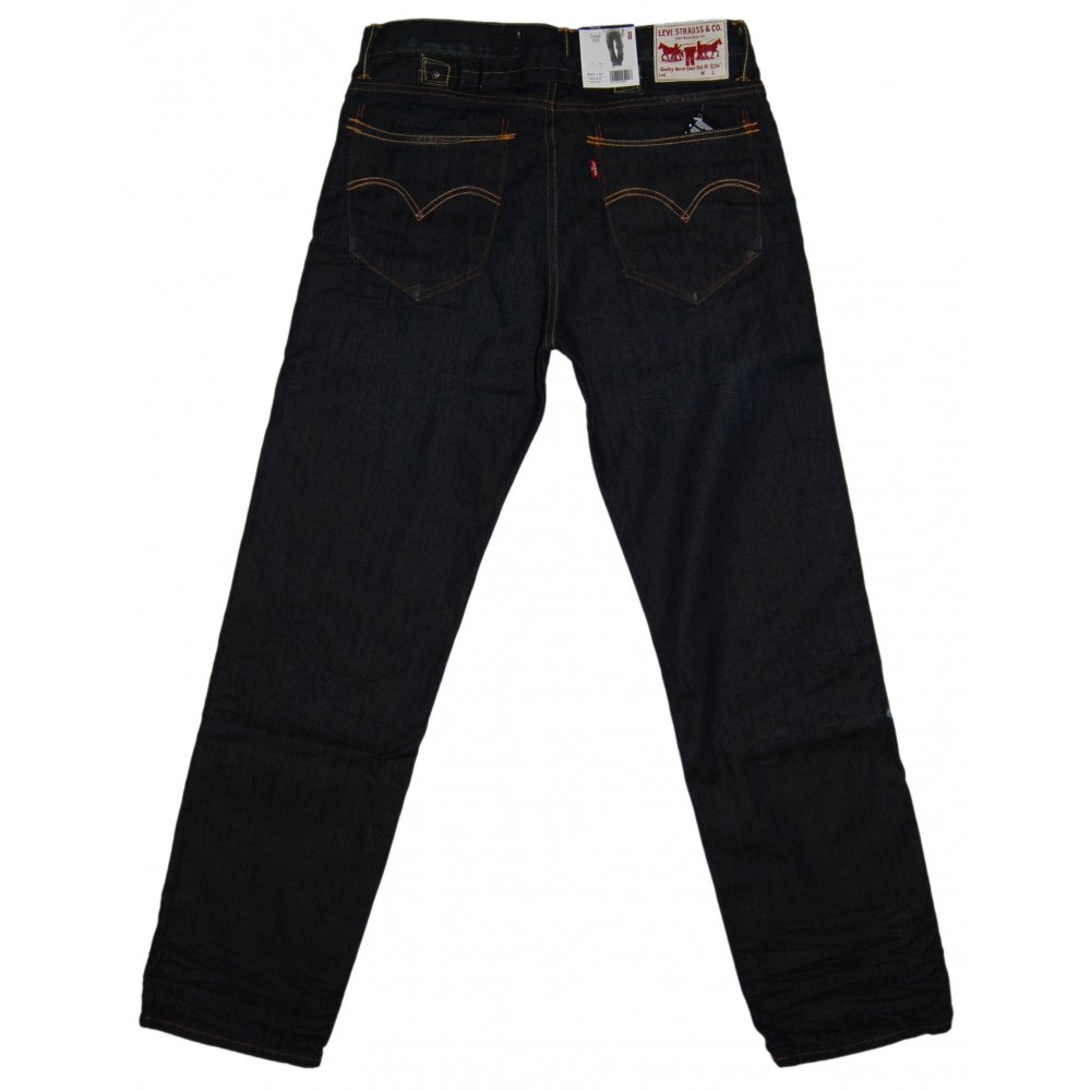 Levi's Men's Regular Fit Jeans are a classic pair of denims made from % cotton. They feature five pocket styling and a zip fly with a button closure. Their Medium Stonewash color gives them a relaxed, lived in look, but they also come in Dark Stonewash, Light Stonewash, Black and a .