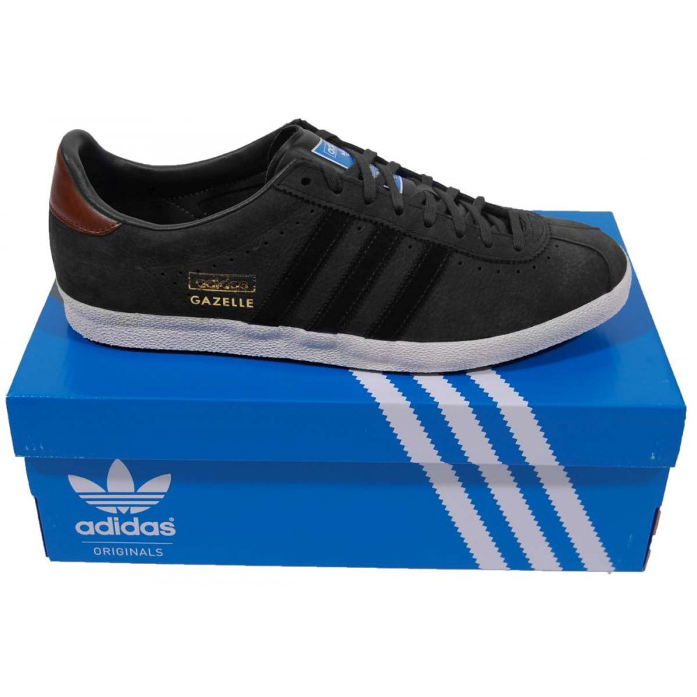 all black adidas gazelle