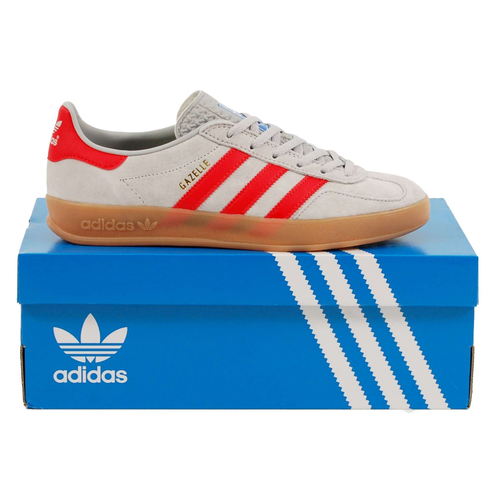 grey and red gazelles