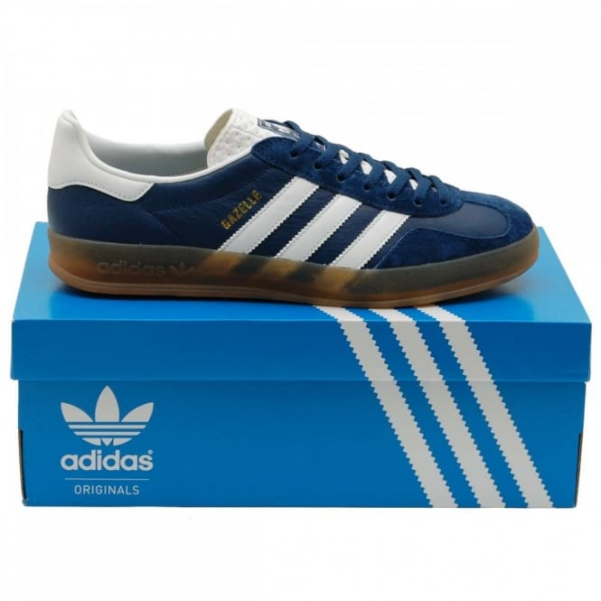 the latest 9a24e a9f9d Gazelle Indoor Oxford Blue White Gum
