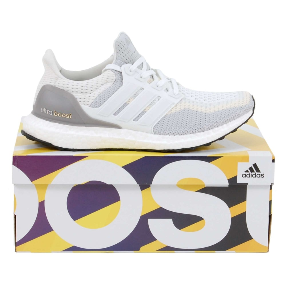 super popular 4e1cf 66aca Ultra Boost White Clear Grey Core Black