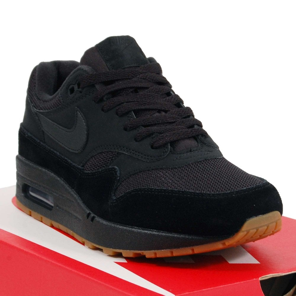 air max 1 black gum sole