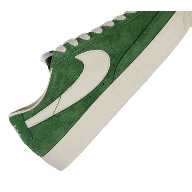 newest d07c5 a62f8 Blazer Low Premium Vintage Suede Fortress Green