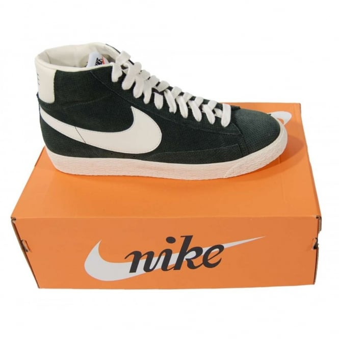 newest collection f6be0 f68a2 Blazer Mid Premium Vintage Suede Black Spruce