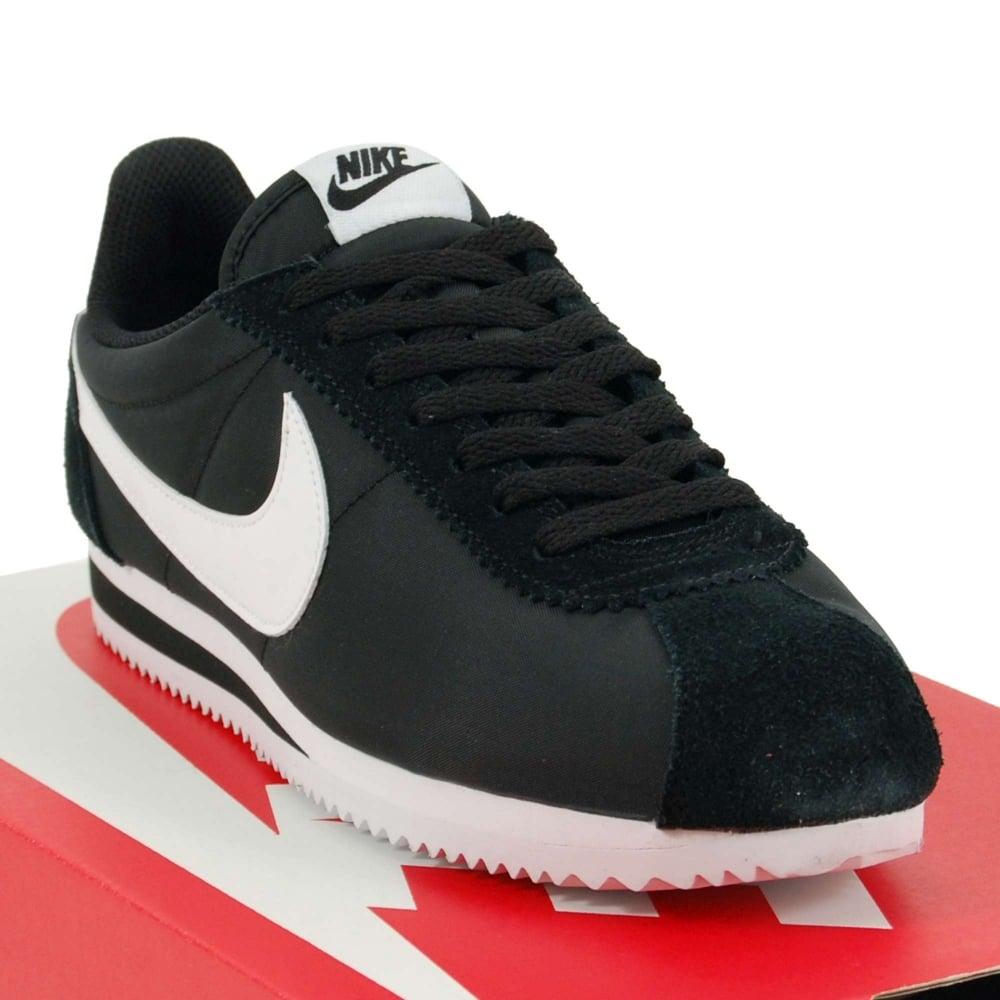 buy popular 13022 00b8e Nike Classic Cortez Nylon Black White