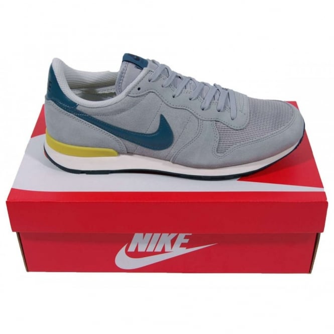 hot sale online 9c84f f069e Internationalist Leather Base Grey Night Factor