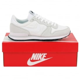 Internationalist Summit White Off White