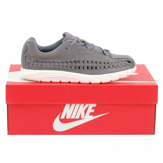 Nike Mayfly Woven Gunsmoke Sail - Mens Clothing from Attic Clothing UK. 00fe80878