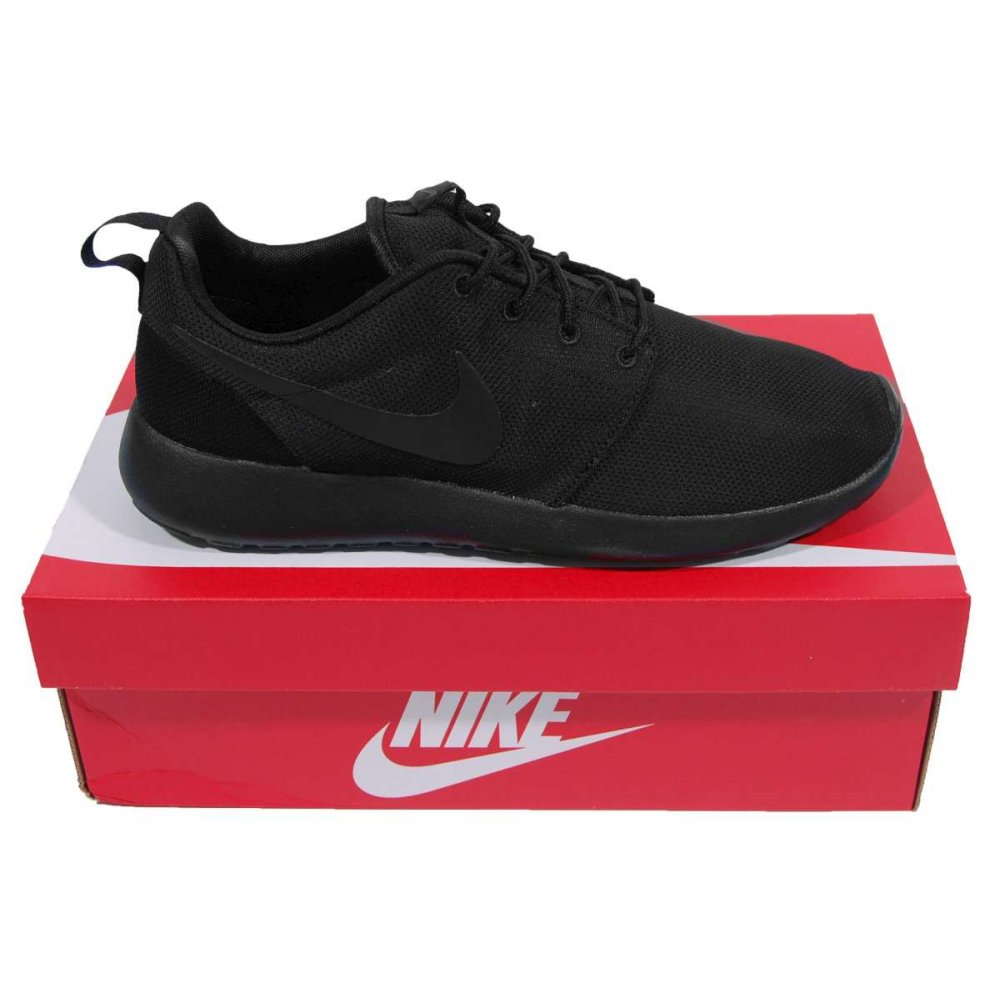 detrás Tiempos antiguos suelo  Rosherun Triple Black - Mens Clothing from Attic Clothing UK